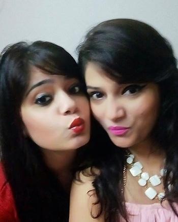 Sister love 💕  #delhigirl  #delhifashionblogger #delhifashion #fashionblogger #fashionbloggerindia #fashionstyle #lbb #l4f #l4l #f4f #shopthelook #bloggersofinstagram #styleblogger #girls #ootd #ootdshare #nars #zara #igers #likeforlike #followback #followforfollow #c4c #followforfashion  #beenthere #roposotalentshare