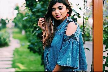 Love denim tops any day! 🙏🏻#denim #denimlove #denimlook #fashion #fashionblogger #fashioninspiration #fashionblogger #styleblogger #personalstyle #bangaloreblogger #trending #fashionable #roposolove #roposofashion