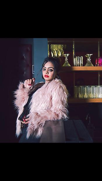 Fur vibes coming soon . . #delhibloggergirl #be-fashionable #fashionguru #winter-style #bloogger #classifiedbird