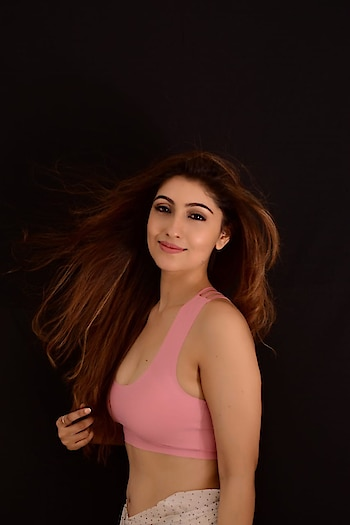 #geetanjalisinghofficial #geetanjalisingh  #actress #artist #model #officialpage #actorslife #actorsofinstagram #actressstyle #stylegoals #hair-story #googlesearchengine #google #times #timesonroposo #timesofindia #timesmumbai #fashionquotientchannel #fashionquotient #channel