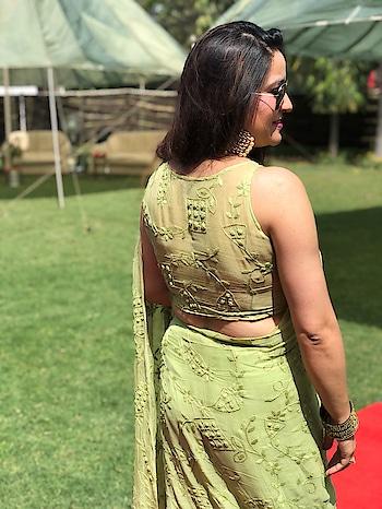#saree #saree-georgette #saree-in-new #lovesaree #indianwearlove #traditionalwear #ootd #gurgaondiaries #gurugramfashionblogger #bengali #bengalisarees #bangalsarees