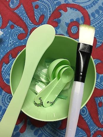 #makeuptool#facepack#amazingproduct#measuringspoons#brush#bowl#miniso