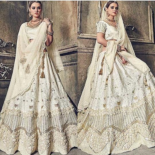 Cream Satin Heavy Lehenga Product code - FCL742 Available at www.fashionclozet.com  Watsapp - +91 9930777376 Email -  info@fashionclozet.com Or DM for enquiries. #indianwear #indianfashion #indianwedding #malaikaarorakhan #adorable #beautiful #bollywood #makeup #mumbai #indianstyle #desi #punjabisuits #indowestern #bridalsarees #designersaree #designerwear #saree #punjabiweddings  ##gottapatti #blogger #fashionblogger #embroidery #dressmaterial #weddingphotographer #indiasnexttopmodel #bridallehengas  #bridesmaids  #saree #sari