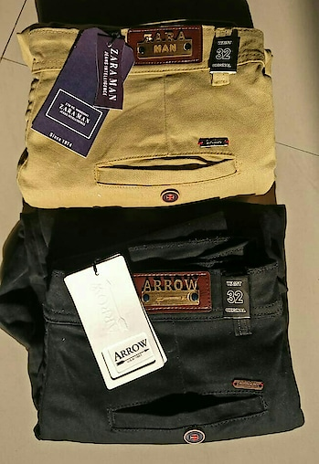 Chinos available with very good quality mirror copy @475 free shipping COD AVAILABLE PAYTM ACCEPTED feel#coolstuff#semiformalclothing#premiumquality#discountsale#affordable#foreveryone