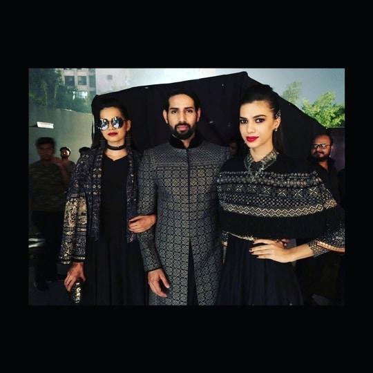 Blenders pride  fashion tour                                 Designer  tarun tahilliani
