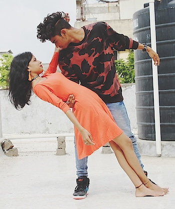 #roposofilters #roposofilter #roposo-style #dancercouples #couplesgoals #coupledance #coupleslove #love #mylife @tejaswinimalap4 #chinzz