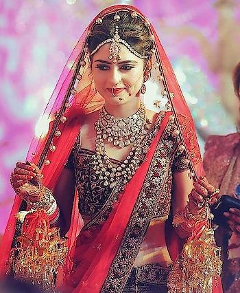 #wedding #weddingwear #beautiful #beautifulgirl #beautifulbhabhi #makup #jewellery #weddingjewelry #bridalwear