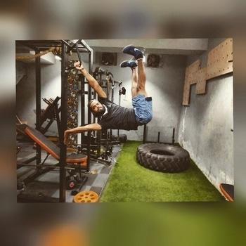 human flag  #calisthenics #workout  #bodyweighttraining  #bodyweight  #training #muscle  #crossfit  #strength #core #balancing  #power #humanflag #bboy #bboying  #hiphop  #dancer #barworkout  #streetworkout