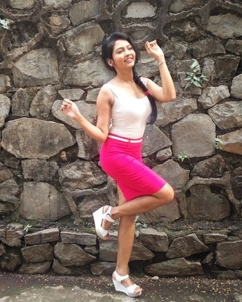 You are as happy as you choose to be... #nofilter #picoftheday #happiness #happinessquote #happyme #pinkandwhite #dancer #model #actress #marathimulgi