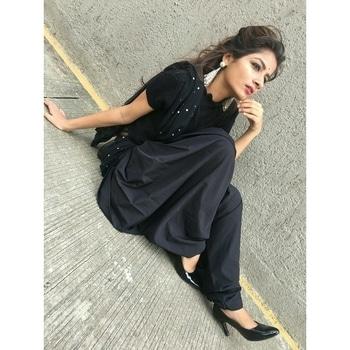 #black #fashion  #blogger #mystylemantra  #mumbaiblogger  #indianbblogger  #styling #loveforblack