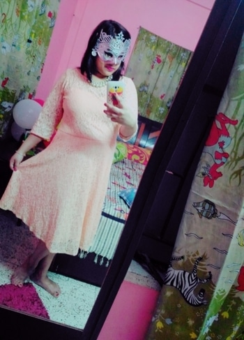 #masquerade #curves #lacedress #peachlove #roposome