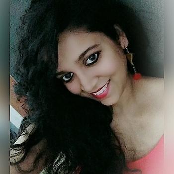 #red #selfiepics #selfiestan #smilemore #eyes #roposo-fashion #ropo-style