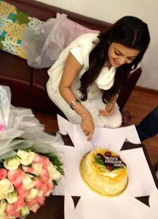 #kajalaggarwal  #birthdaycake