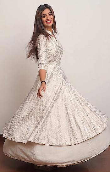 Featuring an #ivory anarkali in #khadi with #golden block #print by Rosy Ahluwalia for a #chic look: https://www.indiancultr.com/designers/rosy-ahluwalia #love #beautiful #India #IncredibleIndia #wow #amazing #artisan #instagood #want #neednow #inspiration #Indian #traditional #makeinindia #instalove #instalike #photooftheday #webstagram #follow #repost #shoponline #apparel #new