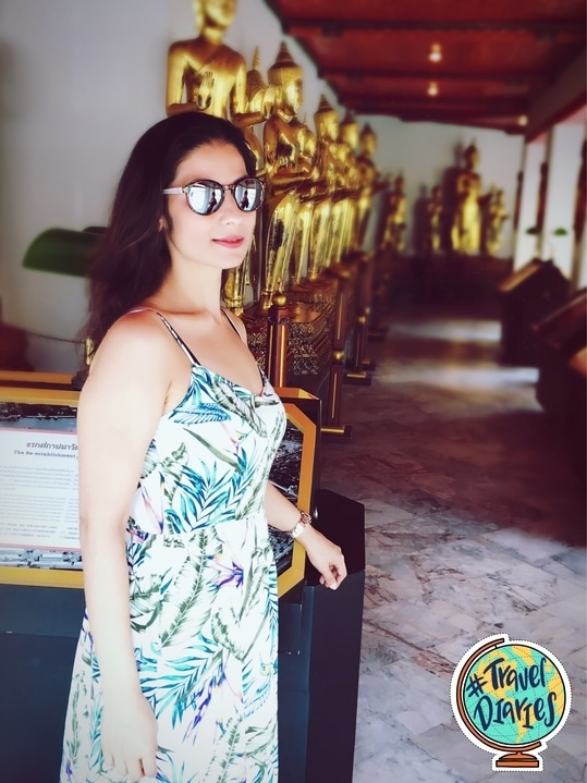 For the first time visitors to Bangkok, recommend visiting this site that includes four chapels containing 394 gilded Buddha images, long lines of golden statues from different parts of Thailand sitting in the lotus position. 💋💋💋 Love M. #chefmeghna #traveldiaries #travel