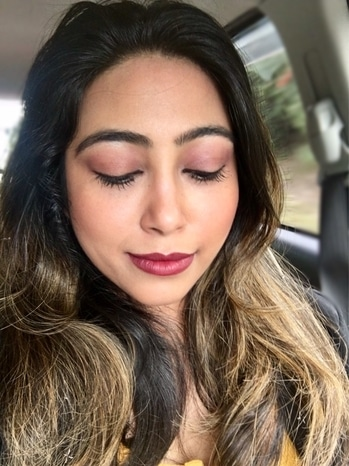 When your #makeuponfleek #makeuponpoint #subtlemakeup #naturalmakeuplook #contour #makeup #eyemakeup #pout #mattelips #classic-beauty #elegance #poise #smile #instapic #instalove #instalike #picoftheday #carfie #selfienation #eat #pray #love #live #laugh #stayhappy #stayclassy #stayhumble #atayblessed