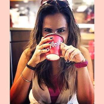 When in Canada #timhortons  is a must.. P.S #frenchvanilla coffee is amazinggggg ☕️ my love for coffee is growing 🙆🏼♀️. #timhortons #friday #fridaymood #weekendvibes #weekend #coffee #coffeeshop #timhortons #canada #canadadiaries #travel #iphonex #vacation #vacationmode #toronto #iphonexphotography #travelphotography #blogger #blog #travelblogger #ootd #happiness #happyplace #sparkleon ⭐️🌟