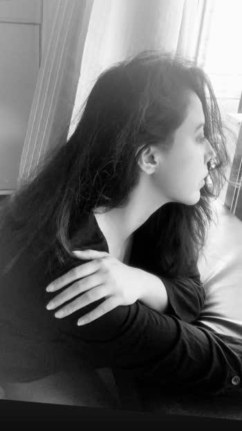 Glorious💫  #rosepuri #postoftheday #consultingcosmetologist #stayskinfit #monochromephotography #picoftheday #casual #raw #real #letsunderstandbettertogether #love #instagram #faith #nomakeup #strongwomen #skincare #rosepuricosemtologist #beauty #instapic#