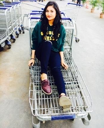#fashionblogger #themodavoyage #ootd #casuals #hoodie #summer #india #mumbai #indianblogger #popxocampusambassador