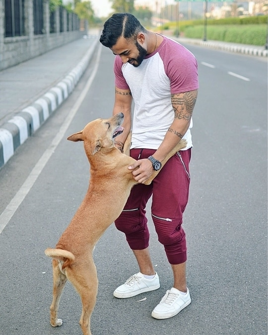 Surround yourself with positivity and stay happy. Have a great weekend guys!  #chill #casual #swag #fashion #style #ootd #aboutalook #lookbook #weekend #love #happy #fun #dog #blogger #model #fit #fitness #lifestyle #dapper #travel #dog #cute #roposo #roposolove