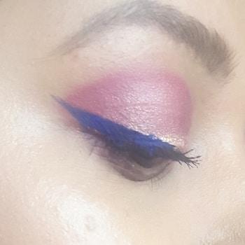 EYELINER GAME ON  #eyemakeup  #eyeshadow #eyemakeuplook #eyemakeuptips #wingedeyeliner #wingedeyelineronpoint #blueeyeliner