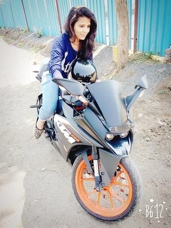 #me #ktm #bikelover #pose #trending #lovebikes #1k goal #followme #followforfollow #followforfollowers