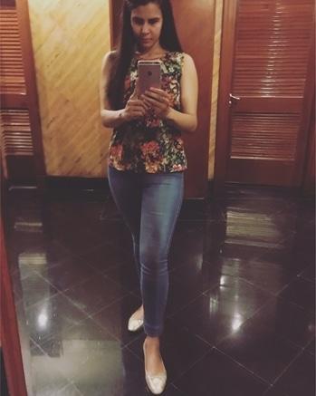 🤗🤗🤗🤗 #selfietime #randomness #parulsharma  #casualwear