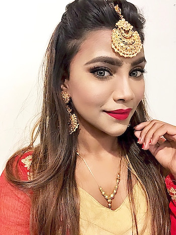 #punjabiswag #punjabikudi #punjabikudi #makeup of the day #ropo-makeup #fashion-style #fashion-addict #traditionalwear #redandgolden #frocksuit #maangtikka #roposo-fashiondiaries