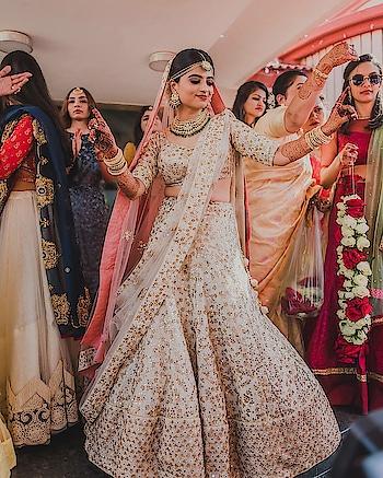 'DANCE' is the hidden language of the soul.  . Wedding Planning Service: The Royal Affair  #weddingasia #exhibition #2018 #trendying #shopping #newdelhi #jaipur #bangkok