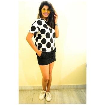 When I am in Doubt, I wear Polka Dots as my perfect outfit #beyondbeauty #kenuchamp #swini2004 #beyondbeauty #followforfollowback #indianyoutuber #polkadot #stylediaries #followback #followforfollow #stylevlogger #lovemypassion #lovemystyle #stayfocused #pictureoftheday #ootd #thankugod🙏