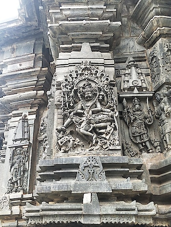 Chennakeshava Temple, Belur, Karnataka #guideindiatour   #keshava #kesava #vijayanarayana #12thcentury #hindutemple #Hoysala #belur #karnataka #hoysaleswaratemple #southindia #southtemple