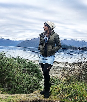 Exploring how quick my adrenaline can rush in this place full of adventure sports!! Trust me it's fun but scary too... This denim short skirt by @forevernew_india helped me be in style too!!! And this ladder cut tights by @shein_in clubbed comfortably with it. . @sheinofficial #sheinofficial #shein #newzealand #travelblogger #denimskirt #winterfashion #jacket