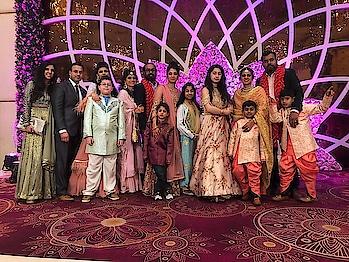 Wedding time and our gang .. #loadsoffun #soroposo #roposotimes #roposoeditorial #roposomakeupandfashiondiaries #delhi