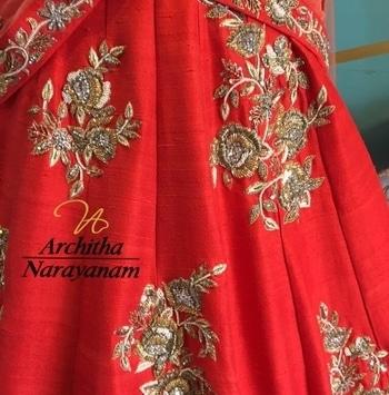 Happy bridal weekend !! #archithanarayanamofficial #bridalcouture #indianfashion #royal #elegant #granduer #indianfashion #traditional #intricate #workmanship #handcrafted #masterpiece #bridalelegance #happybrides #prettybrides #perfection #shootdiaries #bridalstories #jewelled #red #stunning #headturner #gorgeous #wait #and #watch #happy #bridal #weekend #perfection #red #pretty