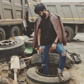 😎J•U•N•K•Y•A•R•D😎 ROLL WITH THE BEST/CRUSH THE REST . . . #me #poser #hm #junkyard #streetstyle #jackandjones #jackandjones_official #indianfashionblogger #thedappereffect #beardo #ootd #ootdmen #styleblog #gqindia #mensxpofficial #mensxpfashion #lovingit #happiness #beardedmen #mensfashionpost #mensfashionreview #roposofashionblogger #roposomodel #lookbook #aboutalook #mensstyle #rikkofficial