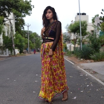 I am no fashion expert but I have shared a few pointers that have worked for my fashion game so far, do take a look. http://skia.in/article?id=593ad353cac3673a208ba5cd  Also, can you see my tummy, Chennai has been feeding me too much. New fitness series starting soon 🙈 Happy Weekend loves 😘 . . . . . . .  #florals #nets #sheers #summerwear #statementaccessories  #streetstyle #bangalorefashion #bangaloreblogger #onlineshopping  #fashioninfluencer #fashionaddiction #styleaddict #ootd #chennaiblogger #outfitoftoday #outfitideas4you #glitter #style #vsco #chennaifashion  #influencer #brandinfluencer  #styleisnortheast #letstalktrend  #sdmdaily #exprimentalfashion #StreetStyleIndia #onlineaccessories