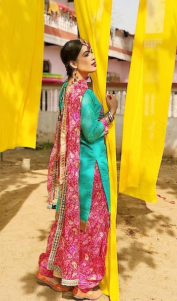 Final look of my New Punjabi Song ... 💕💕😍 #punjabipatola : : #behindthescenes #punjabi #punjabikudi #shoot #punjaban #punjabisuit #punjabigirl #kudi #proudpunjabi #pretty #beauty #beautiful #suit #suitsuitkarda #shooting #shootmode #newme #newsong #punjabisong #video #nehamalik #model