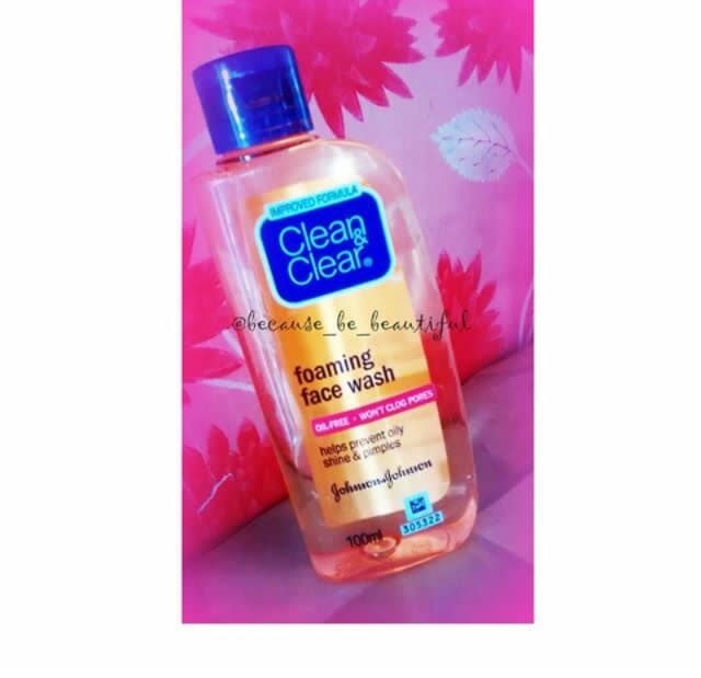 Hello Beautiful People, . ➡Look Whats Coming Up On Blog.!🔜 . . ➡Clean & Clear Foaming Face Wash.❤ . . ➡Full Review On Blog Soon . . ➡Stay Tuned😃 . . #Blog #KolkataBlogger #FashionBlogger #BeautyBlog #LifestyleBlog #ReviewPost #FaceWash #Johnson&johnson #Clean&Clear #ComingSoon #BlogPost #InstaPost #InstaPoc #InstaShare #InstaLike #InstaFollow #InstaGood #GoodPost #Potd #BeHappy #BeYou #BecauseBeBeautiful❤