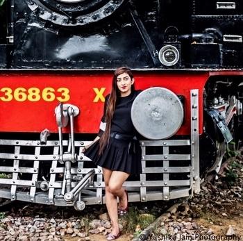 Featuring Shopclues    💖Snapchat handle(miss_chhabra) . #ootd #fashionista #photoshoot #tbt #lifestyle #longhair #bloggerdiaries #beauty #classy #followforfollow #likeforlike #online #Gurgaon #amychhabra #ootdmagazine #ootdshare #stylegram  #womaninstyle #styleblog #fashionblogger #popoxdaily #ropo-love #ropo-good #roposodaily #roposotrends #roposogal  #fashionbloggers #streetstyle #stylingtips #celebrityfashion #fashionweek #celebritystyle #adventure #haircare #events #fashionshows #beautytips #skincare #times #delhi