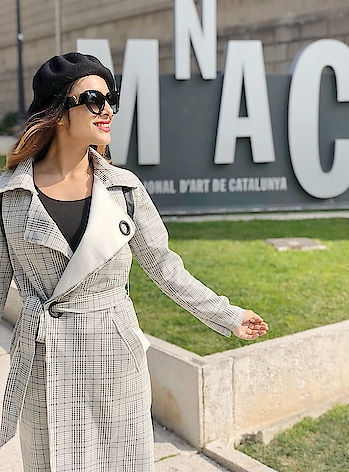 MUSEUM BEAUTY 😍😍😍 : #museunationaldartdecatalunya #barcelona #barcelonacity #spain #barcelonagram #museumofart #museum #citytour #traveldiaries #travelblogger #luxurytravel #barcelonawithnehamalik #travel #travelphotography #travelgirl #nehamalik #model #actor #diva #blogger