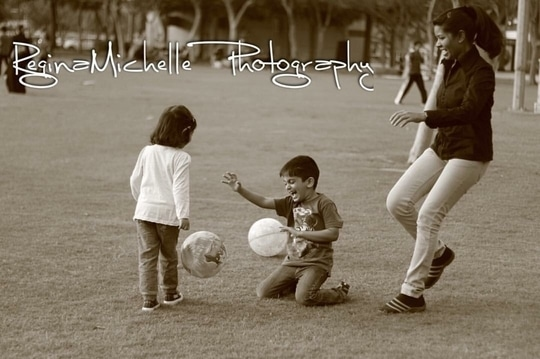 Still moments... playing makes us free #football #kids #park #outdoorgames #reginamichellephotography #fun #happiness #laughter #funtimes #goodtimes #moments #childhood #children #still #candid #candidphotography #dubai #zabeelpark #bestfriends  #photography