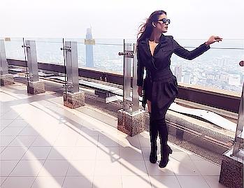 Day 1 in MALAYSIA 🇲🇾  #beingtourist 😍✌️frst spot Sky Box KL TOWER 😈 #malaysiatravelwithnehamalik 💃 : Outfit courtesy @paparazzicloset guys use my code NEHAM12 to get additional 12% off 💃😈 : #malaysia #malaysiatourism #kl #kltowers #skyboxkltower #tour #skybox #travelphotography #travelholic #travelandleisure #luxurygirl #luxurytravel #luxury #paparazzicloset #ootd #fashion #nehamalik #model #actor #diva #blogger #instagood #instafollow