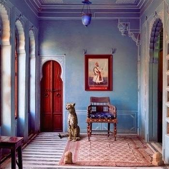 The #Maharaja's #apartment, #Udaipur City Palace by Karen Knorr. #love #beautiful #wow #amazing #photography #inspiration #india #incredibleindia #art #interiordesign #architecture #oldworldcharm #travel #travelbug #wanderlust