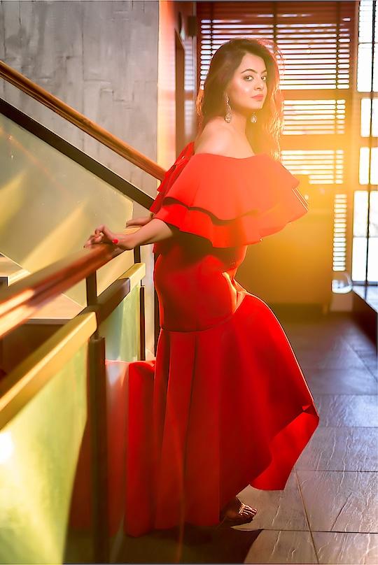 "Living my Cinderella moments  . . Follow me on Instagram - ""classifiedbird "" . . #fashionista #fashionbloggersofindia #delhibloggergirl #ropo-love #soropogood #bloggergirl #fashionables #womensfashion"