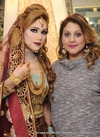#bridalmakeup #meenakshidutt #muslimbride #walima bride #awesomelook #eyemakeup #prettybride #meenakshiduttmakeoversdelhi #bestbridalmakeupartistdelhi #salon #roposomakeup #roposobride #roposodutts #picoftheday #umeshdutt #Hi! you can call us between 11.30am to 7pm for details, we are at Club Road, Punjabi Bagh and Shivalik main road, near Panchsheel Park South Delhi at : 9560704164 ,08826963239 or 01147563972 ,01147563973, 01141755112, 01141755111 #LookOfTheDay