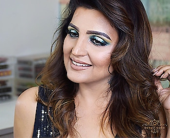 This look tutorial coming up soon on my YouTube channel so please Subscribe(makeupbydeepti on YouTube ) Love u guys😘😘 . . . (Look inspired by @michaelaslooks ) #greeneyemakeup #makeuptutorial #beautyinfluencer #youtuber #indianmakeup #indianmakeupartist #nudelip #browsonfleek #cutcrease #cutcreasemakeup