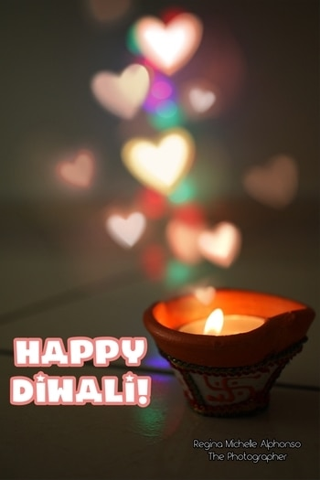 The Festival of Lights... making my home so bright... a Diwali special from me to you #reginamichellephotography #ilovephotography #love #dubai #happiness #diwali #festivaloflights #festival #india #lights #diya #fire #hearts #happydiwali #photography