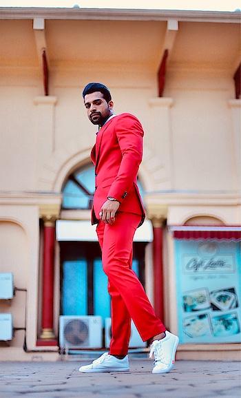 RED🕺🏻 . . . . . .  #gentleman #traditionalwear #festivalfashion #suitup #suitstyle #accessories #brandshoot #fitnesspro #leangain #RubaruGroup #RubaruMisterIndia2018 #MrIndia2018 #MrIndia  #RubaruMisterIndiaNationalUniverse2018 #MisterNationalUniverseIndia2018  #mnu2018 #internationalpageant #fashionmagazine #mensfashion #menstyle #style #Fashion #Fitness #fitnessmodel #fashionmodel #modelling  #fashionphotography #magazine #fashionista #farhanqureshi @misternationaluniverse @rubarumisterindia
