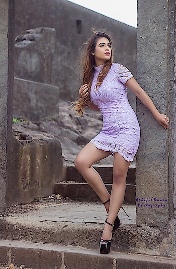 In a World Of Unlimited Choice , Adore those who go hard for you ... Commitment is very rare these days ...✌️✌️😈😈 : Outfit @head.to.heels  PC @abhijitdwaryphotography  Mua @makeupbysanjam_ 💜💜 : #boldandbeautiful #bossbabe #beauty #strongwomen #stylish #fashion #fashioninsta #sexy #hot #loveposing #luxurylifestyle #hotdress #blackheels #style #bloggerstyle #fashionblogger #styleblogger #indianblogger #nehamalik #model #actor #diva #blogger #instagood #instafollow