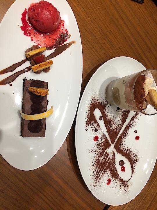 Decadence of highest order @the.chanakya 🍰 A dark chocolate 🍫 sugar-free, glutton-free pastry with strawberry sorbet & yummylicious tiramisu ✨It's an absolute ecstasy!  . . . #tiramisu #darkchocolate #foodblogger #lifestyle #lifestyleblogger #thechanakya #pastry #mousse #desserts #foodgram #deesayz #potd📷 #picoftheday #instapic #instaphoto #instadaily #instadessert #sweetdish #mumbai_igers #delhigram #pvrcinemas #bangalore #fblogger #lifestylephotography #foodie #foodphotography #foody #like4like #followme